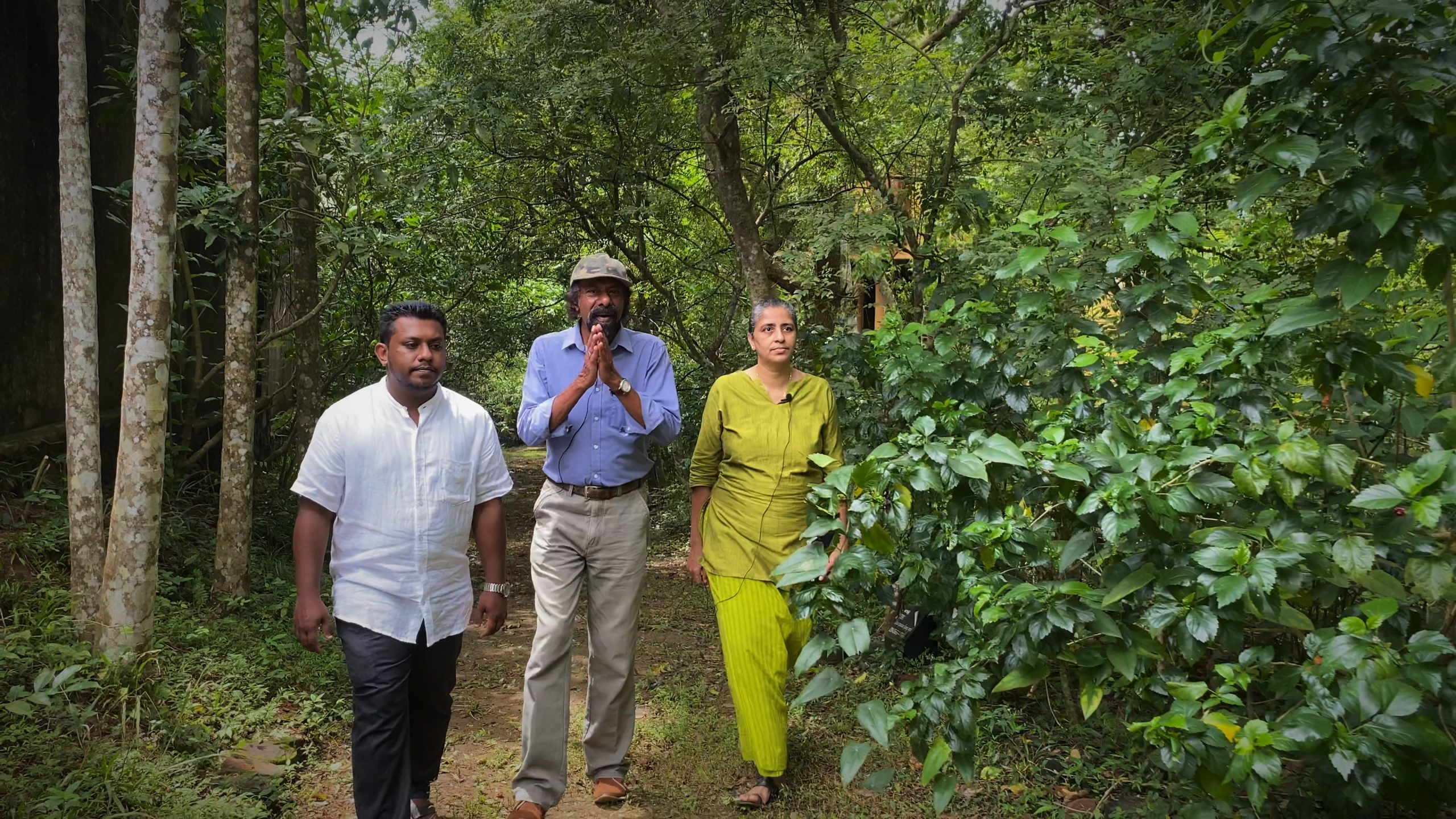 Medicinal Plants tour with Ayurveda doctors and Prof. Piyal Marasinghe